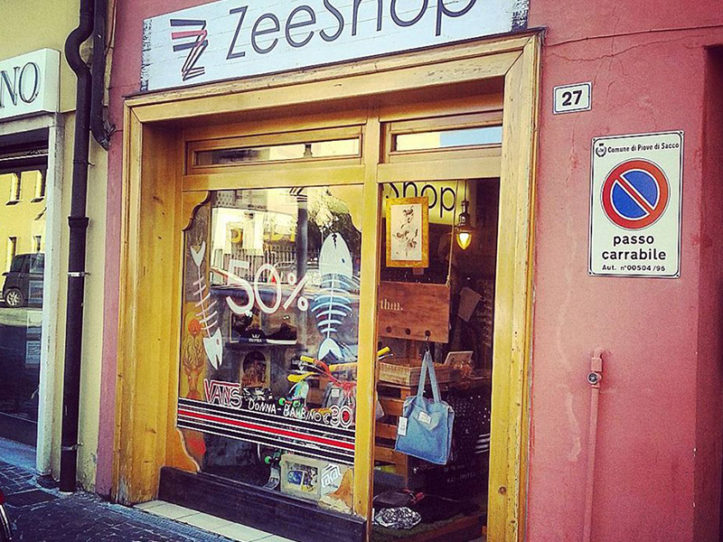 b9c260c08313 Abbigliamento skate Padova | Zee Shop